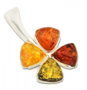 Mixed colors amber pendant